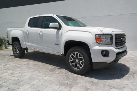 New 2018 GMC Canyon 4WD All Terrain w/Cloth 4WD