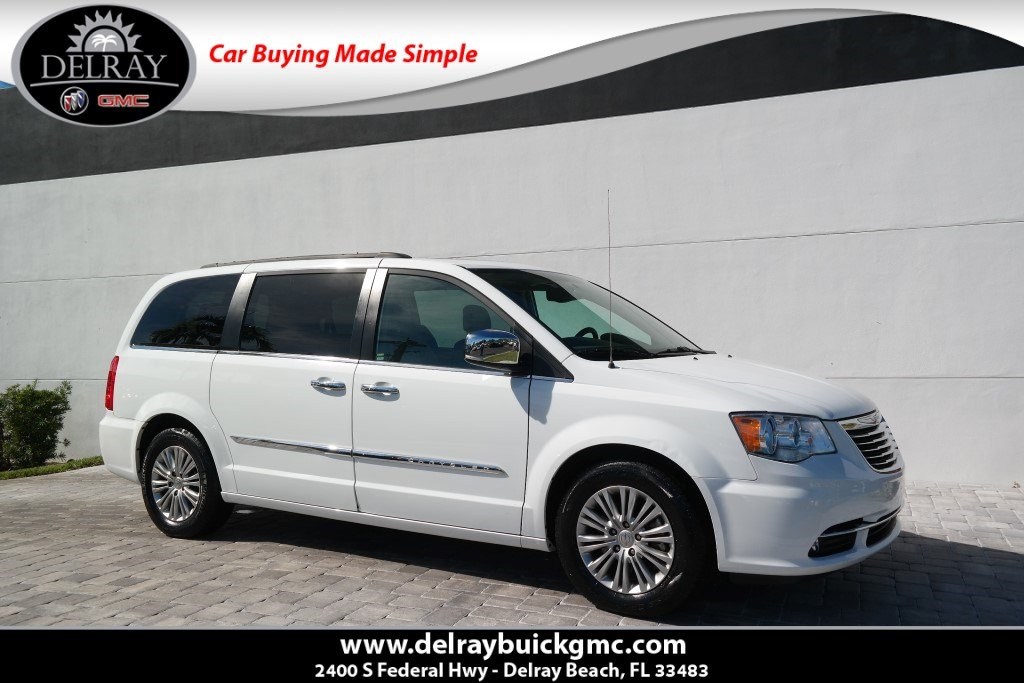 Pre Owned 2016 Chrysler Town Country Touring L Anniversary Edition
