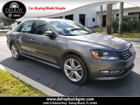 Pre-Owned 2013 Volkswagen Passat TDI SE With Navigation