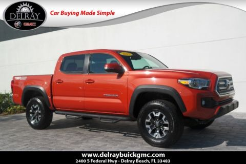 Pre-Owned 2017 Toyota Tacoma TRD Offroad With Navigation & 4WD