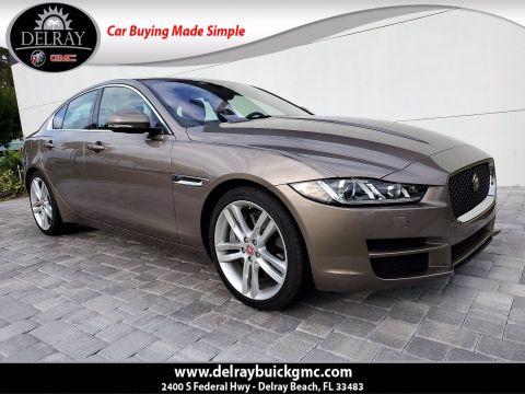 Pre-Owned 2017 Jaguar XE 35t Prestige With Navigation